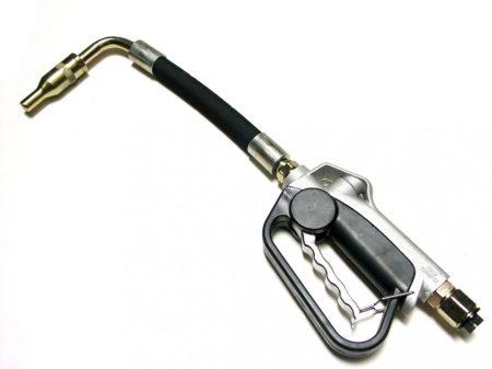 olajadagoló (kimérő) pisztoly, flexibilis kiömlő csővel